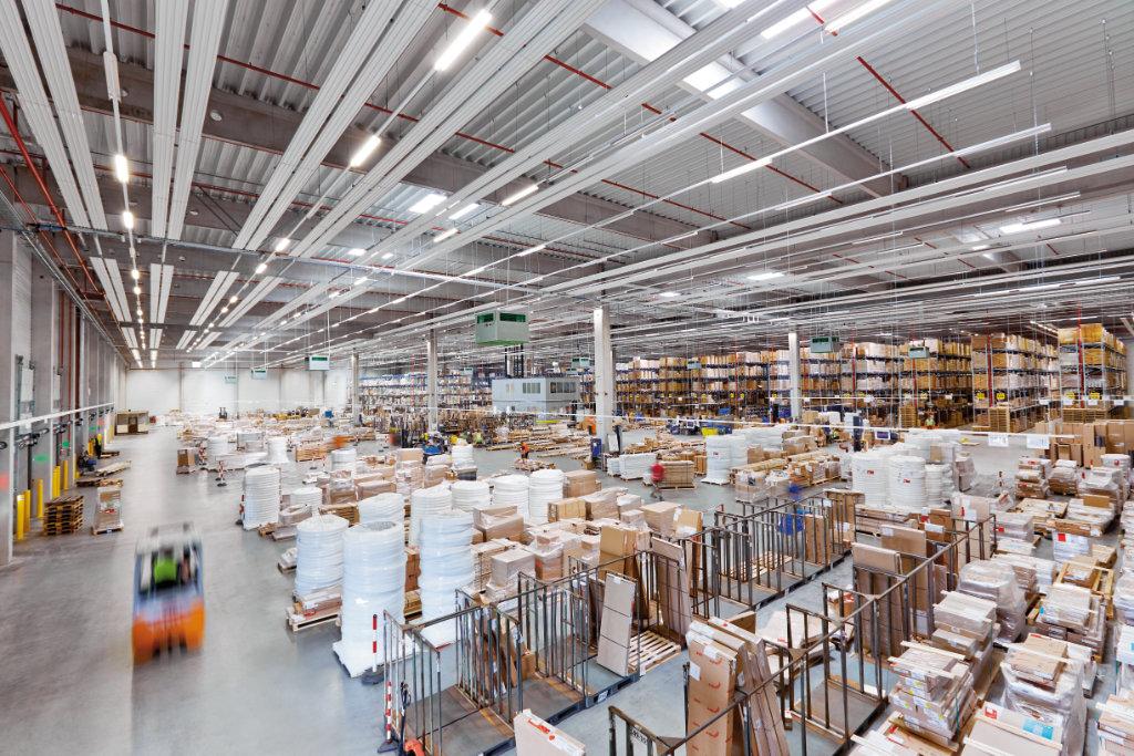 zehnder német logisztikai központ